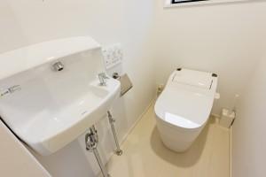 もちろん男女別トイレのお手洗いも
